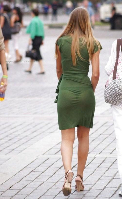 фото девушек в просвечивающейся одежде